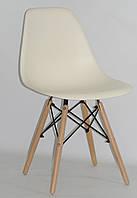 Пластиковый стул Nik (Ник) Молочный 56  на деревянных ножках