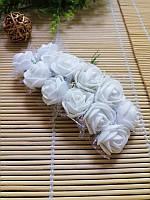 Роза латексная белая