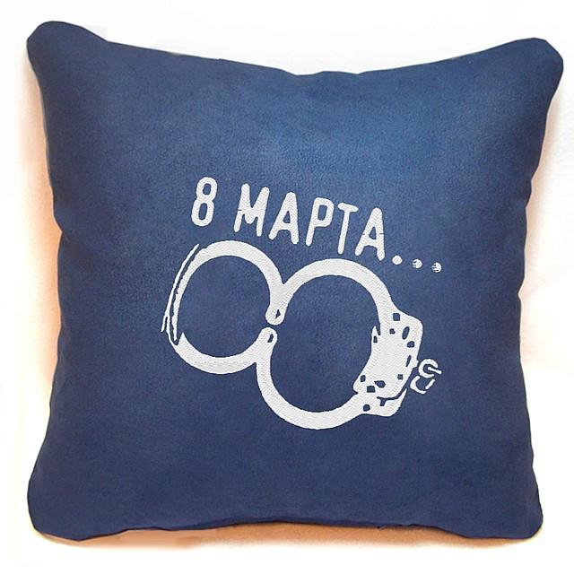 """Подарункова подушка для жінок № 01 """"8 Березня"""""""