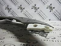 Направляющая переднего правого крыла Infiniti Qx56 / Qx80 - Z62, фото 1