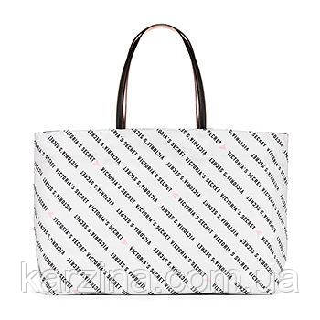 a7ad230e5ab4e Большая сумка Victoria's Secret белая с чёрными надписями логотипа ...