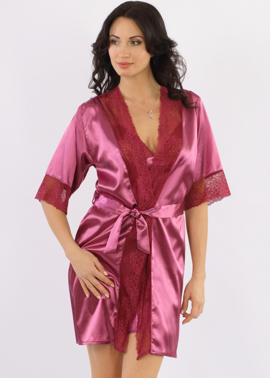 Атласный халат женский с кружевом на запах шелковый, фуксия