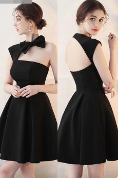 Жіноче чорне плаття на одне плече. Будь-який розмір та колір.
