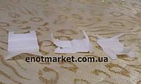 Фигурное крепление молдингов стекла Kia. ОЕМ: 8321922000, 83219-22001, фото 1