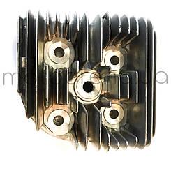 Головка циліндра для моторолерів Мураха .