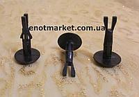 Крепление подкрылок (надколесные дуги) Toyota много моделей. ОЕМ: 4774958010, 47749-58010