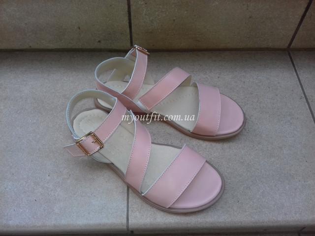 Женские кожаные сандалии розовая пудра