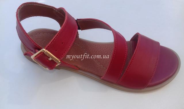 Женские кожаные сандалии красные
