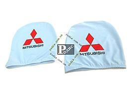 Чехол подголовника с логотипом Mitsubishi белый (2 шт.)