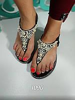 Женские босоножки с бусинками и камнями, фото 1