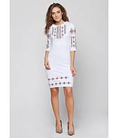 Плаття вишите жіноче, білого кольору з червоно-чорною вишивкою, на 3/4 рукав.