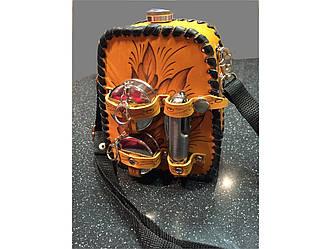Подарочная фляга в кожаном футляре со стаканами и мультиножом