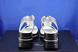 Сріблясті шкіряні жіночі босоніжки на танкетці Fabio Gutti, фото 2