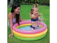 Надувной бассейн Intex Радуга от 1 до 3 лет с надувным дном объем 51 л