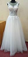 69.1 Белое свадебное платье с кружевом и блестящей юбкой на корсе,  размер 44