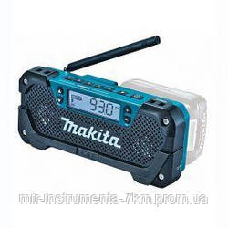 Аккумуляторный радиоприемник Makita DEAMR052 CXT