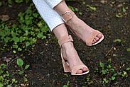 Женские босоножки Atomio Lardini из натуральной замши на каблуке пудра, фото 6