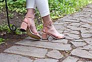 Женские босоножки Atomio Lardini из натуральной замши на каблуке пудра, фото 9