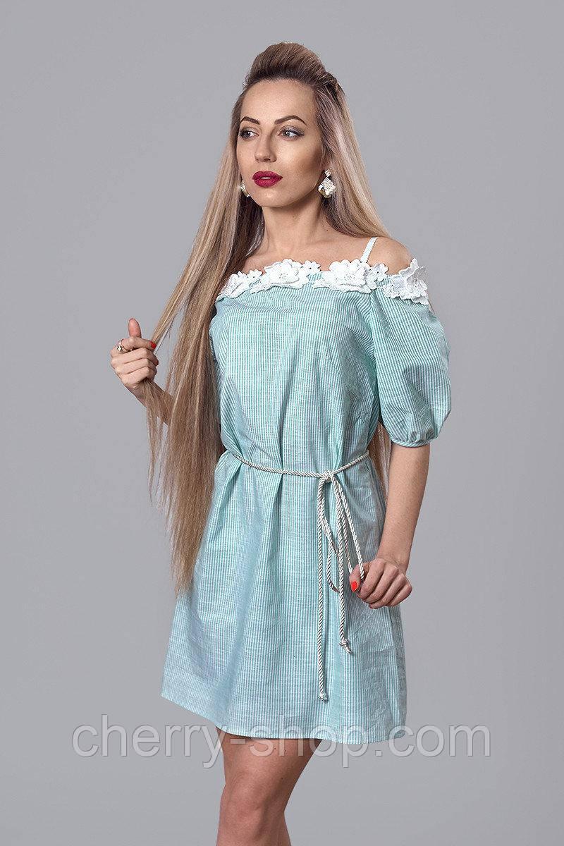 Мятное молодежное платье из тонкого льна