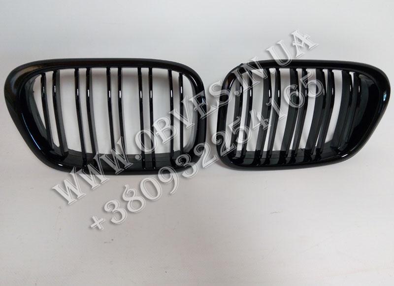 Решетка радиатора (ноздри) BMW 5-series E39 (двойные ламели, черный глянец)