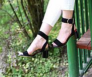 Женские босоножки Atomio Lardini из натуральной замши на каблуке черные, фото 10