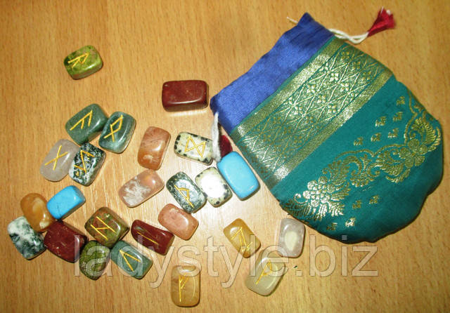 руни з натуральних каменів ворожіння сувенір подарунок карти таро набір для пророкувань