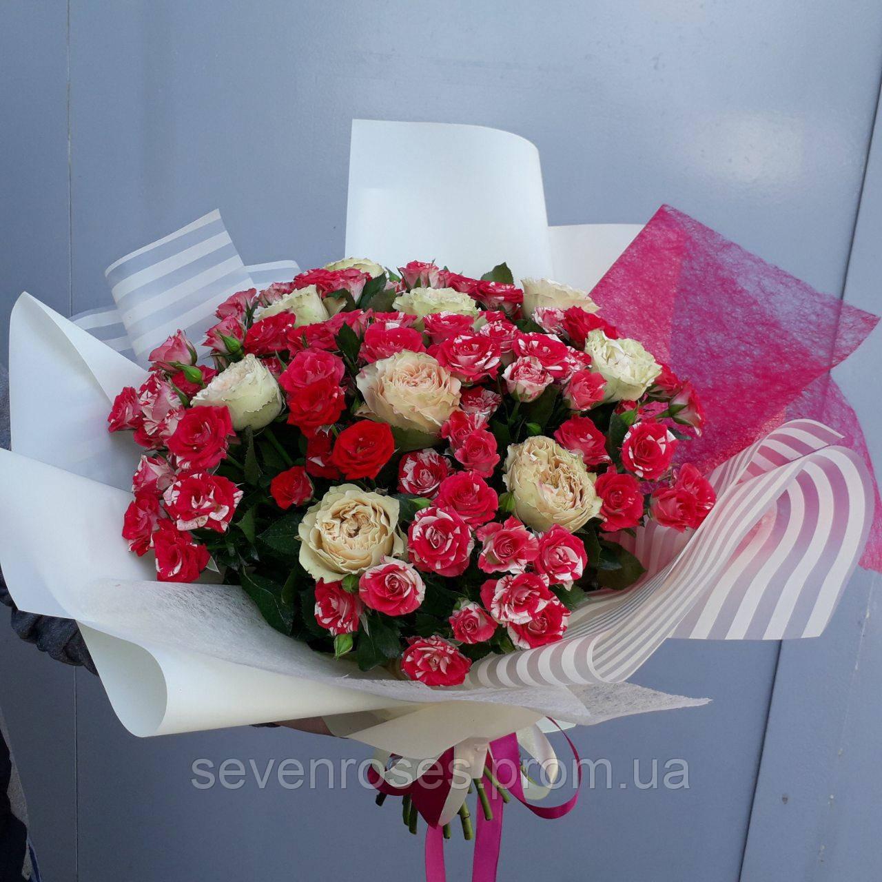 Букет микс из 29 роз