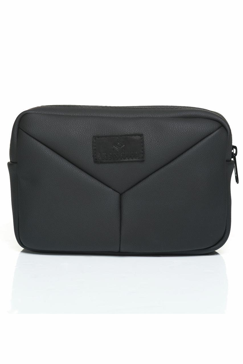 Черная поясная сумка бананка квадратной формы