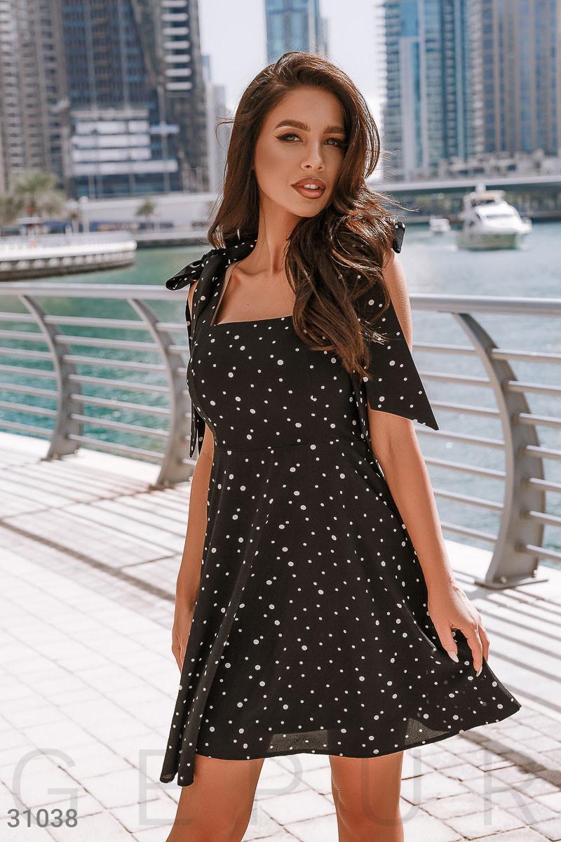 Легке шифонове плаття в гороховий принт чорне