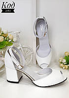 Удобные  босоножки на устойчивом каблуке Код 2062 белые, фото 1