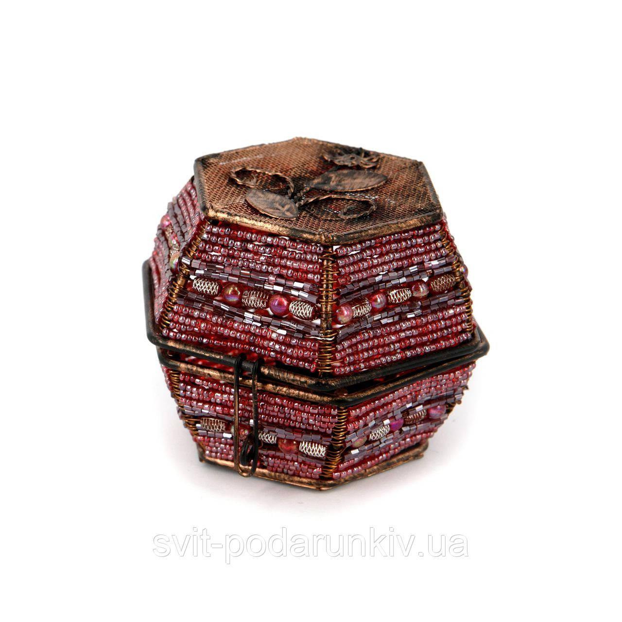Шкатулка для украшений и драгоценностей из бисера розовая SА-3