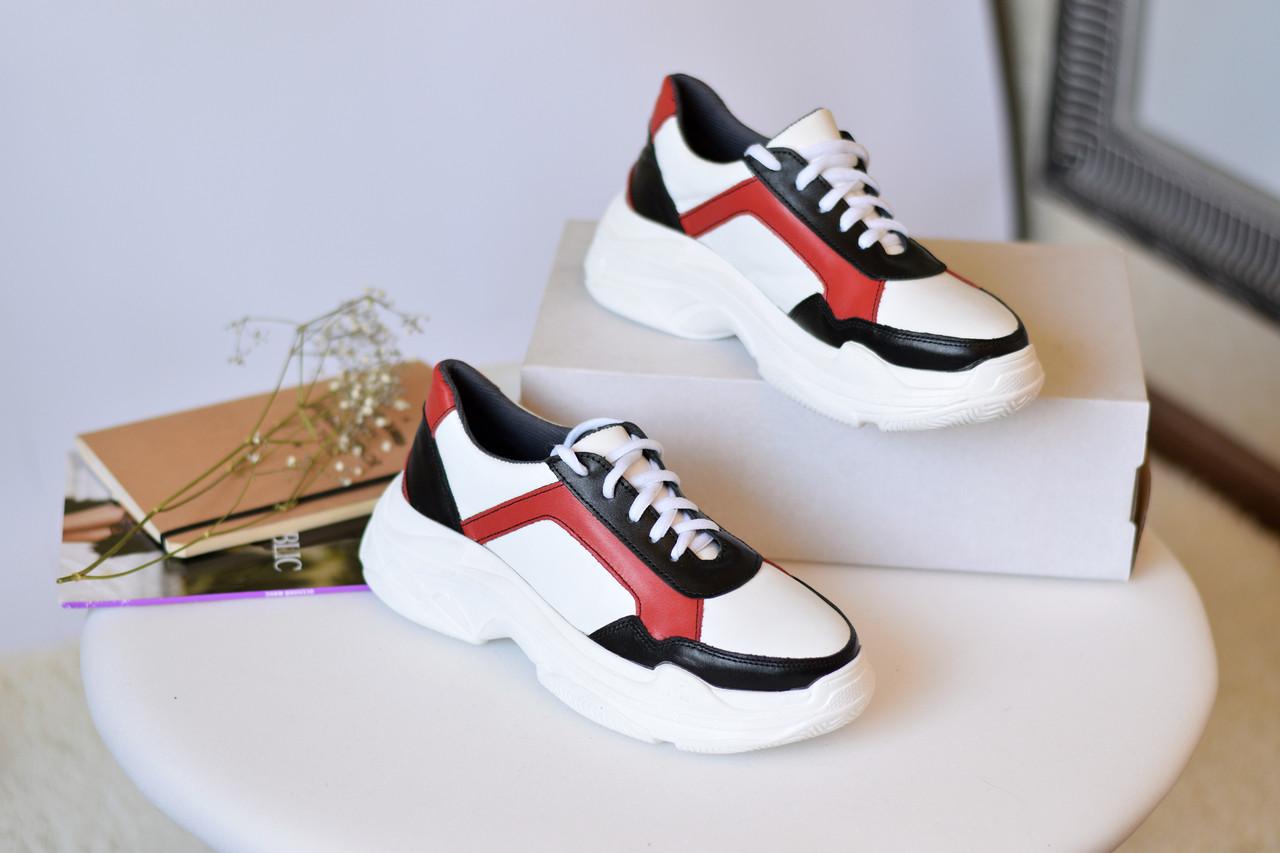 Женские кроссовки Destra красно-белые с натуральной кожи