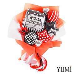 Букет из красных и черных мини-фигур с черно-белым квадратом Happy birthday