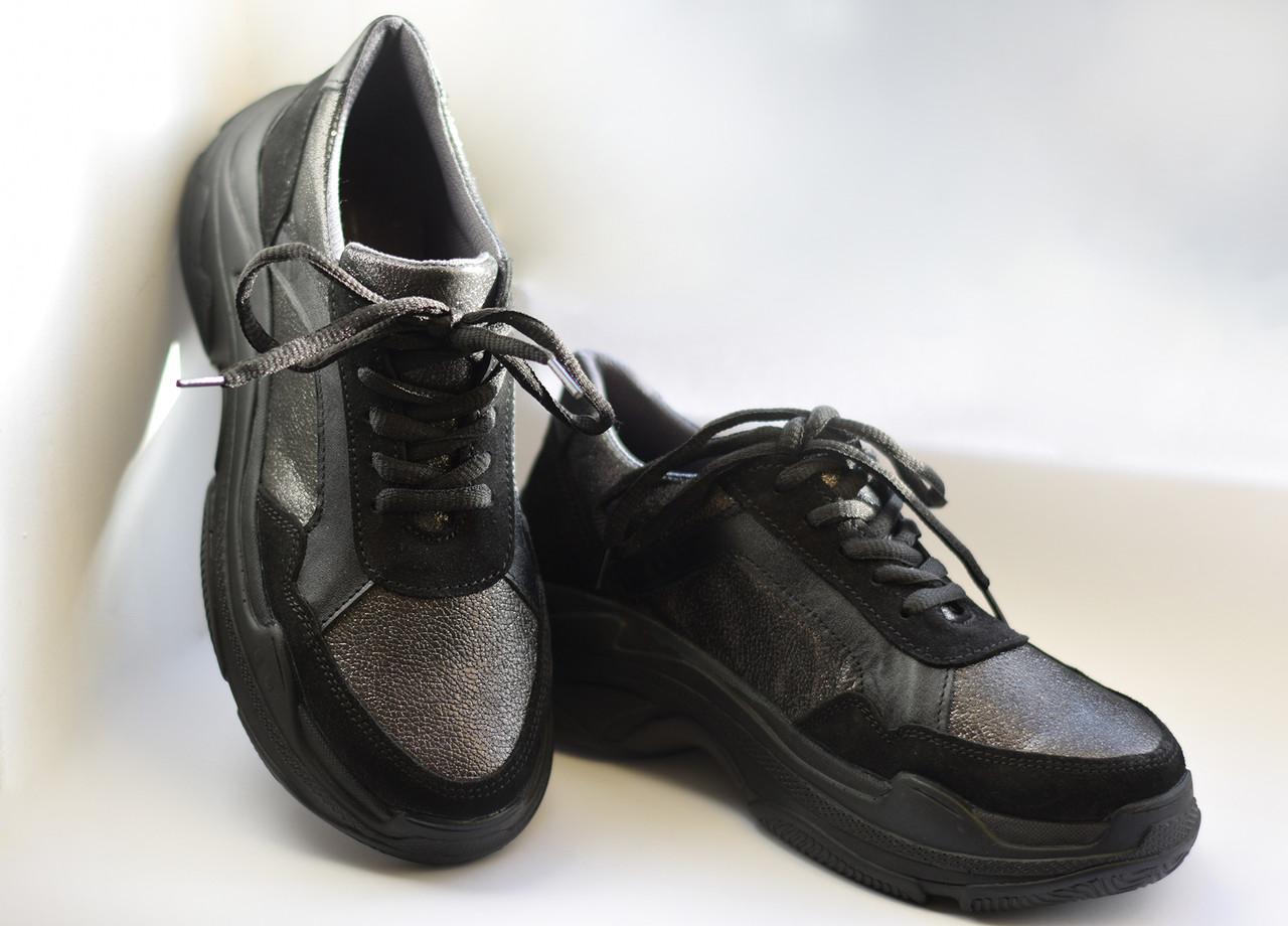 Женские кроссовки Destra с черной натуральной кожи\замши
