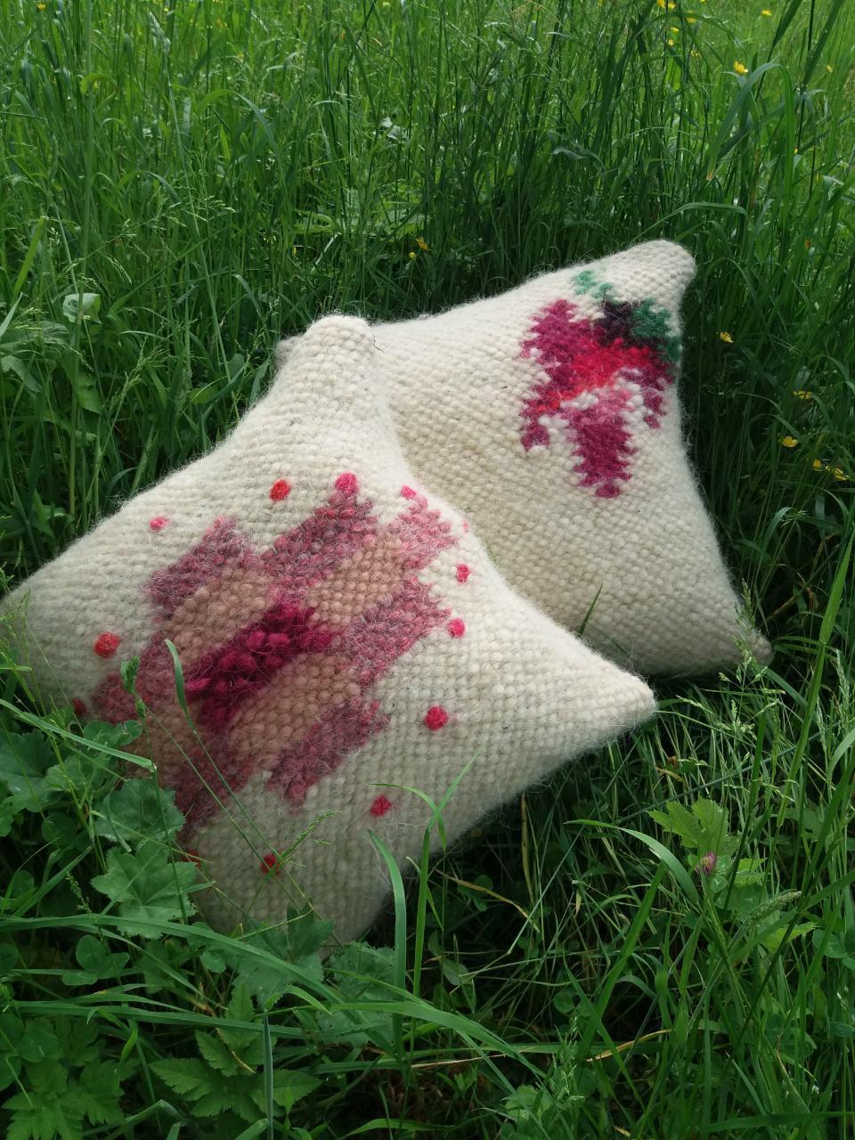 Подушки 2 шт в комплекті з овечої шерсті