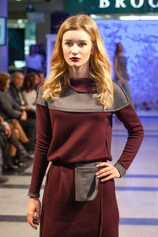 2090 платье Росси, вишня-серый (42-44)