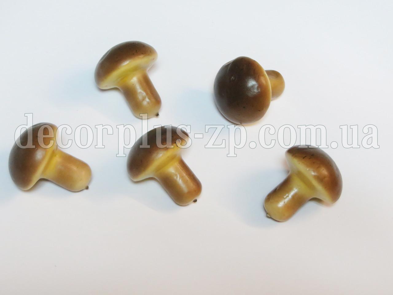 Гриб декоративный, коричневый