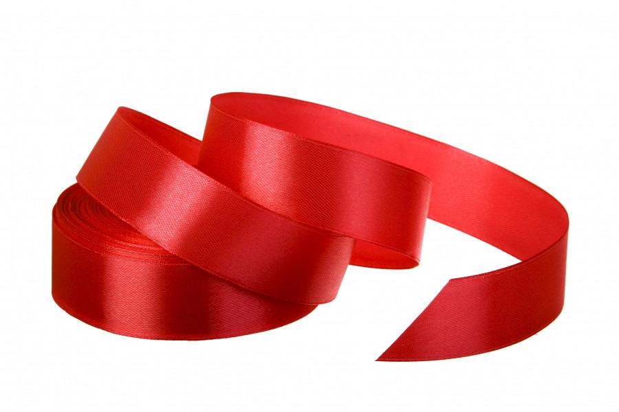 Лента атласная 25 мм 23 метра красный