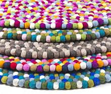 Незвичайні килими ручної роботи з фетровому вовни, килими з валяних кульок