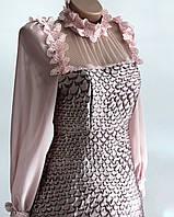 Красивое необычное платье с кружевом и рукавами из сетки