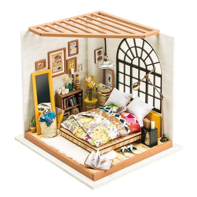3D конструктор Robotime DIY HOUSE Спальня Алисы (DG107)