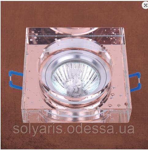 Точечный врезной светильник 705179
