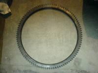 Венец маховика 640-1005043 / 430-1005060 / 6105Q-1005043 на двигатель Yuchai YC6108, YC6105