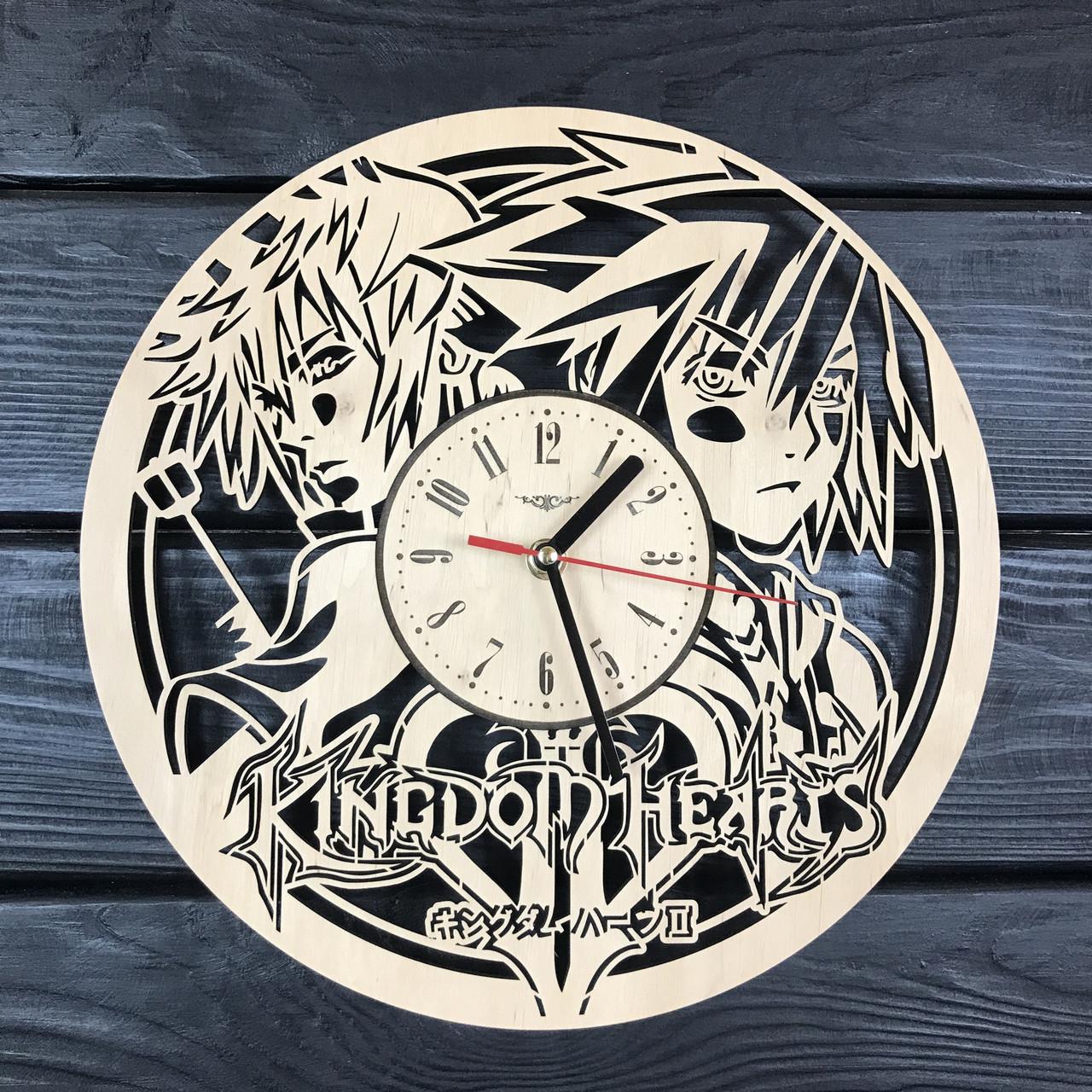 Оригинальные часы из дерева настенные «Kingdom Hearts»