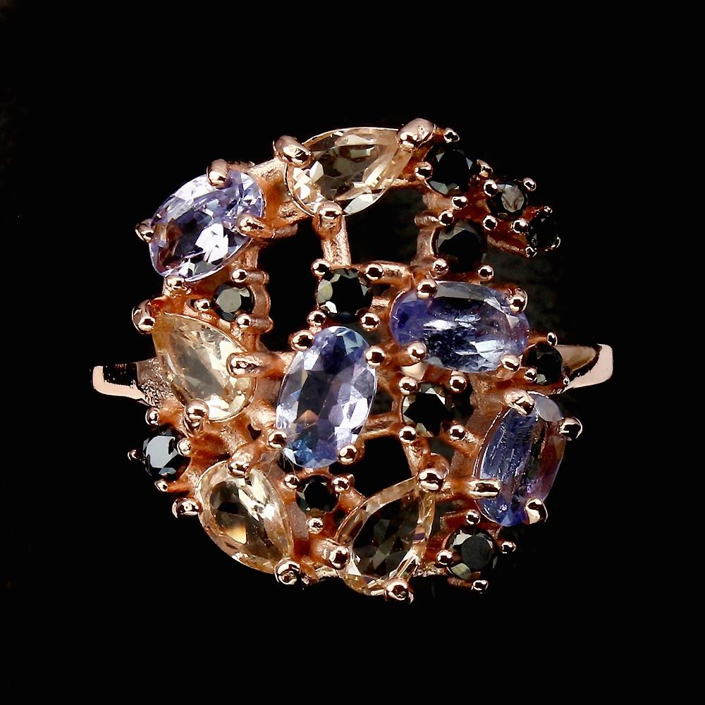 Кольцо с натуральным Морганитом, Танзанитом и черной Шпинелью