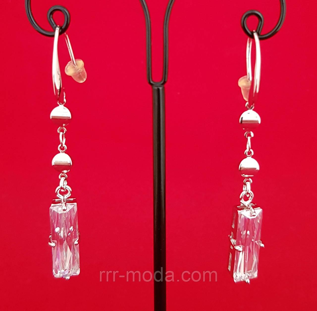 Бижутерия с кристаллами Swarovski. Длинная пара сережек. 372