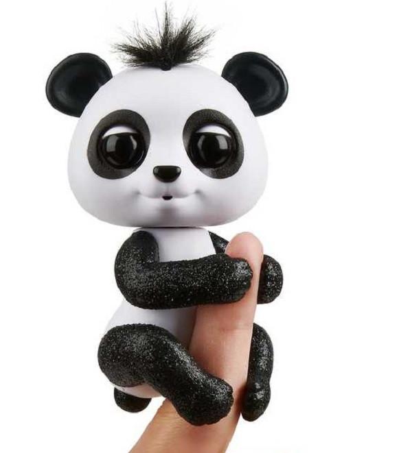 Панда интерактивная (черная) Fingerlings WowWee