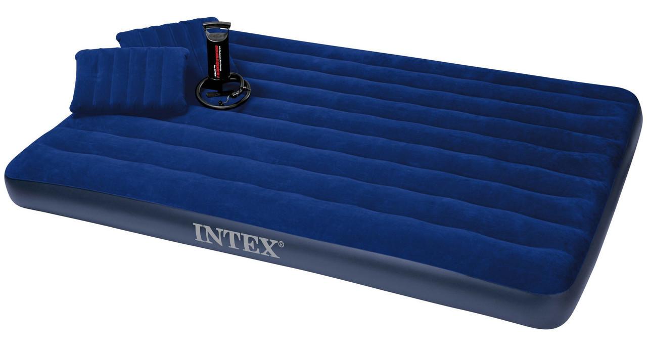 Двухместный надувной матрас с двумя подушками и насосом Intex 68765, 152x203x22 см