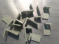 Фиксатор подоконника ( пластик )