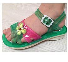 Сандалі (босоніжки) для дівчинки силіконові зелені з квіткою (розміри 28,33)